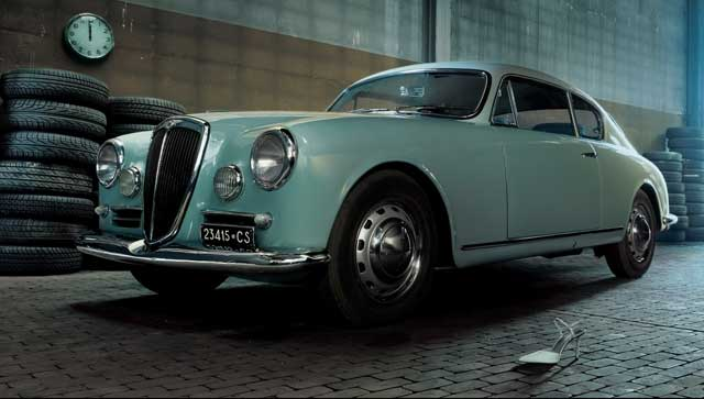 1950 Lancia Aurelia B10. Sedan Lancia Aurelia B10 byl